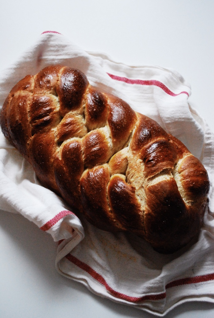 Braided Challah Bread [Frugal Food Series | Tip 10: Grains] // Keeping Willow