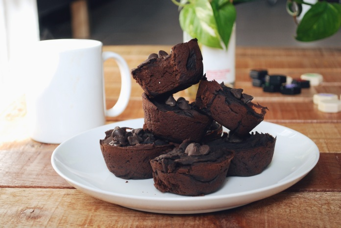 Dating Night In and Refined Sugar Free Black Bean Brownie Recipe // Keeping Willow